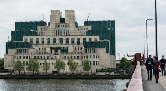 Британская MI6 наймет почти 1 000 шпионов для борьбы с мировым терроризмом