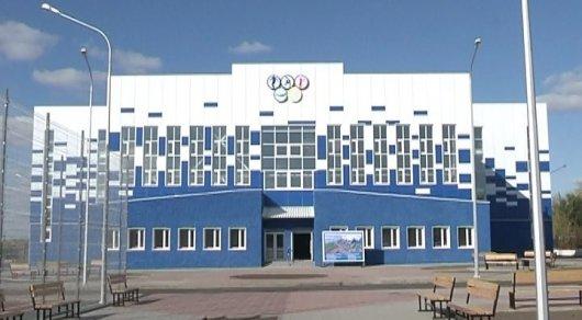 Головкин посетил строящийся в его честь физкультурный комплекс в родном Майкудуке