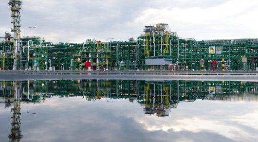 Казахстан начал добычу нефти нагигантском месторождении наКаспии