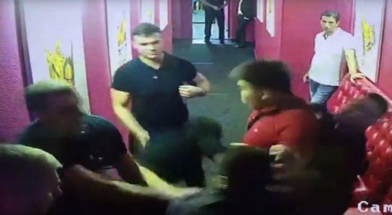 драка в клубе в москве 2016