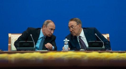 Назарбаев поздравил Путина с днем рождения