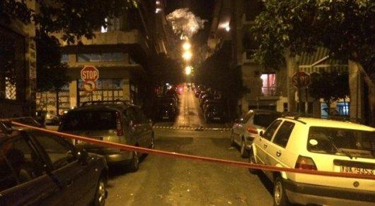 В центре Афин взорвана мощная бомба