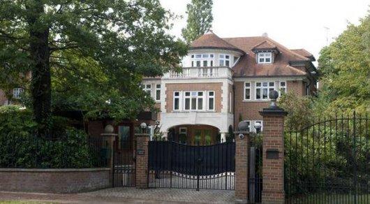Дом беглого казахстанского банкира Мухтара Аблязова в Лондоне