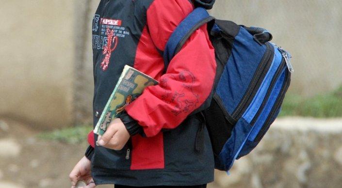 Ерлан Сагадиев высказался о тяжести школьных рюкзаков