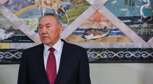 Назарбаев встретился с правителем Японии Акихито