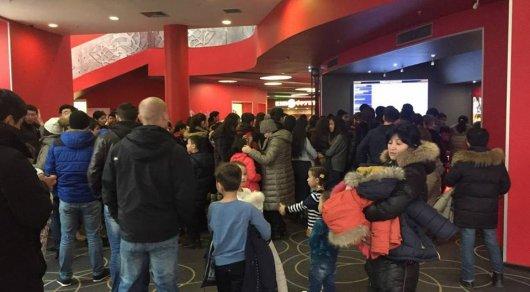 Астанчане жалуются на очереди в кинотеатрах