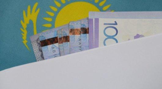 Доллар наказахстанской бирже обрушился сразу на5 тенге