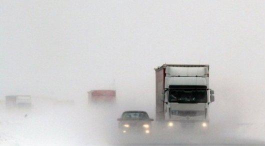 Закрыты дороги вчетырёх областях Казахстана