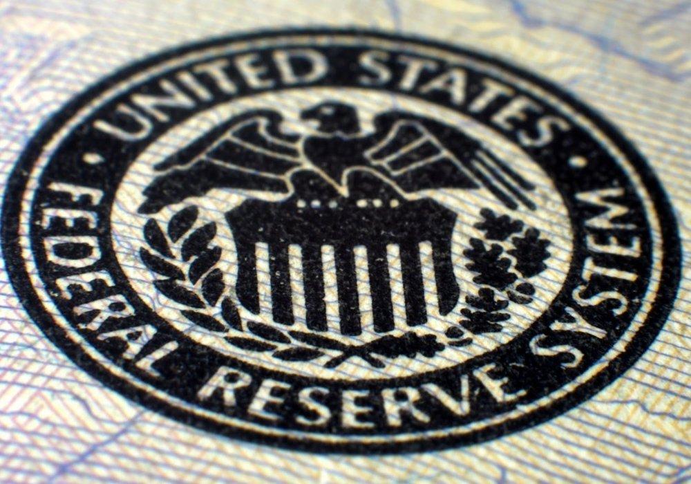 Аналитики предсказали рост ставки ФРС ипадение рубля