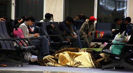 Практически 300 туристов изКазахстана застряли ваэропорту Шарджа