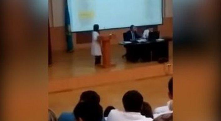 Стало известно имя главврача из Алматы, призвавшего медиков