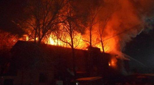 Мощный пожар произошел вАягозе
