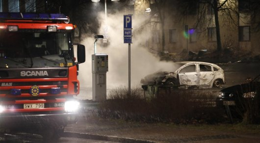 Полиция открыла огонь в Стокгольме из-за беспорядков - СМИ