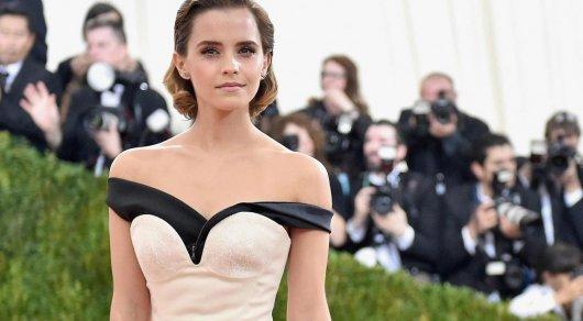 Эмма Уотсон после публикации фотографий собнаженной грудью ответила критикам