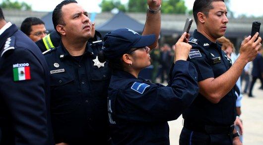 ВМексике задержали всех полицейских маленького  города