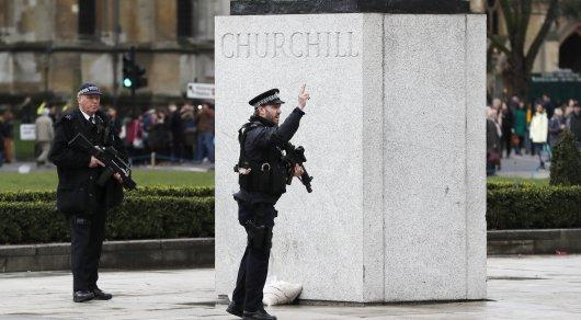 Террорист в Лондоне был британцем и действовал в одиночку - Тереза Мэй