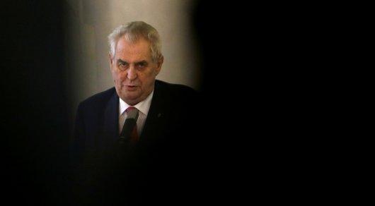 Президент Чехии рассказал о детском порно в своем компьютере