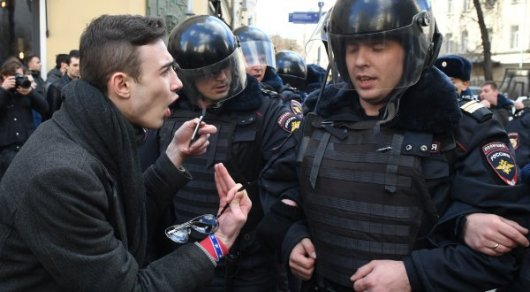 США осудили задержания в ходе митингов в России