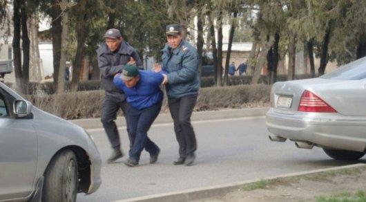 Садыра Жапарова оставили под арестом до28апреля