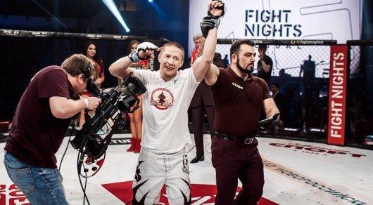 Казахстанский боец нокаутировал россиянина на турнире Fight Nights Global