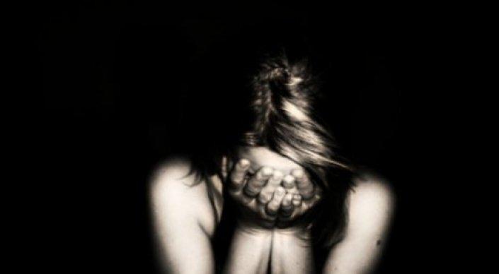 В Караганде 16-летнюю девушку изнасиловали после знакомства в Интернете