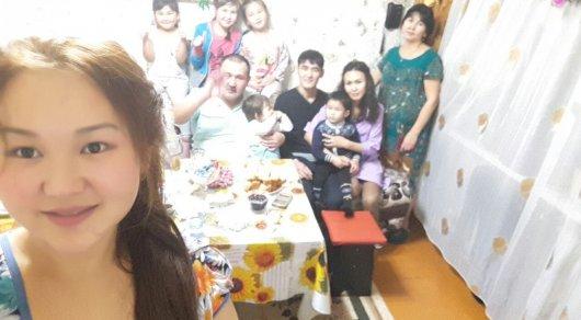 Мать 7 дочерей родила долгожданного сына в Караганде