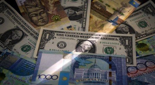 Сколько и кому должен Казахстан