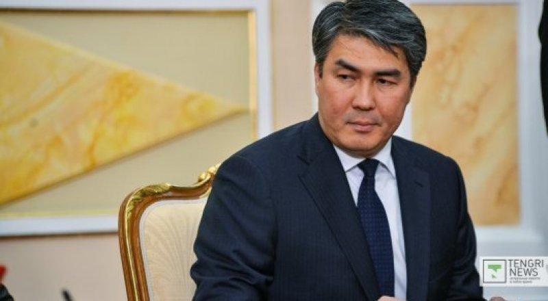 Исекешев дал разъяснения по поводу изменения графика работы астанчан