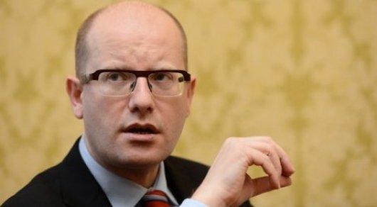 Премьер Чехии заявил об отставке правительства из-за разногласий с министром финансов