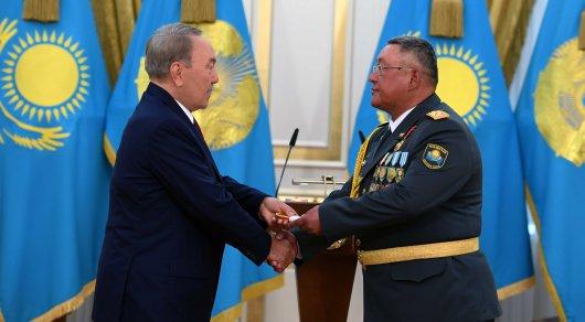 Назарбаев: новым направлением деятельности армии Казахстана является борьба стерроризмом