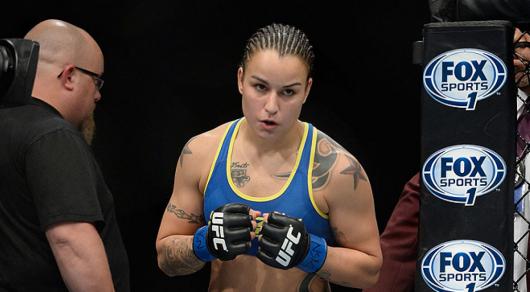 Хакеры опубликовали интимные фото девушек-бойцов UFC