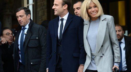 Прошлый премьер Франции назвал Эмманюэля Макрона подлецом без всяких ограничений