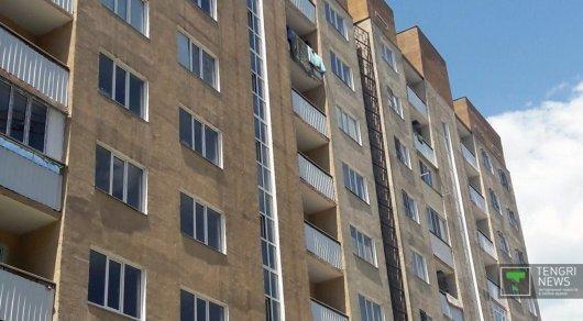 Жильцы еще одной многоэтажки в алматинском