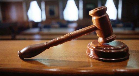 Убившего жену ножом в костанайском суде мужчину осудили на 15 лет