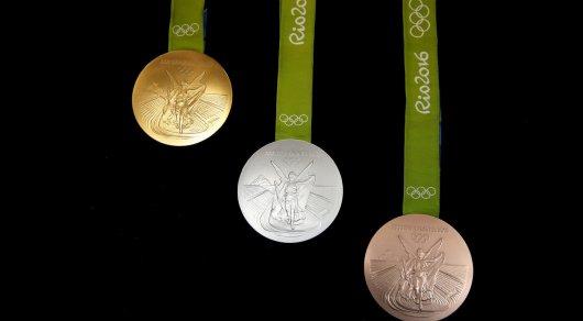 Из-за ржавчины и черных пятен олимпийцы возвращают медали ОИ-2016 - СМИ