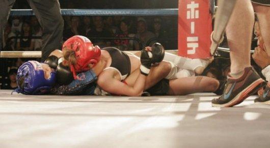 12-летняя девочка одержала победу над 24-летней соперницей в поединке MMA