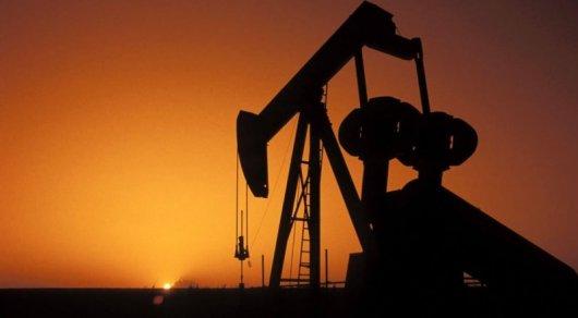 Нефть Brent торгуется выше $54 забаррель