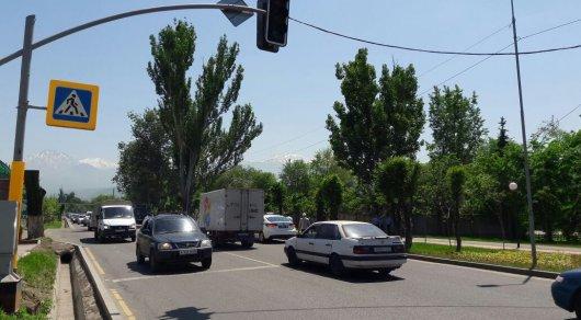В Алматы молодого парня сбили насмерть в нескольких метрах от