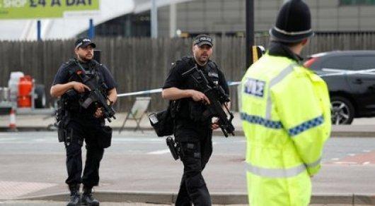 Взорвавший себя в Манчестере смертник готовился к теракту около года - СМИ