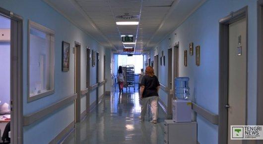 Врачи ВКО потеряли медкарту погибшего сразу после операции мужчины