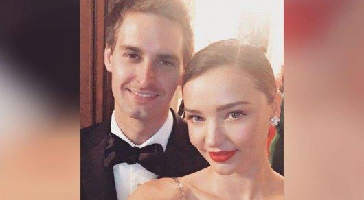 Миранда Керр исоздатель Snapchat Эван Шпигель поженились