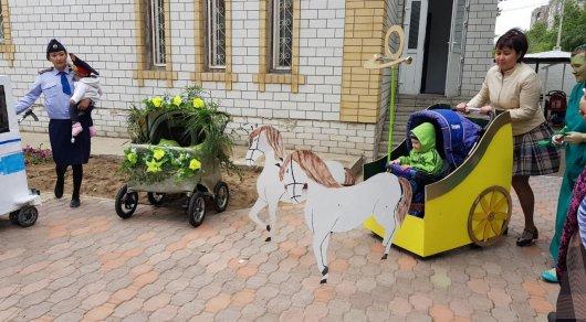 Парад необычных колясок прошел в Павлодаре