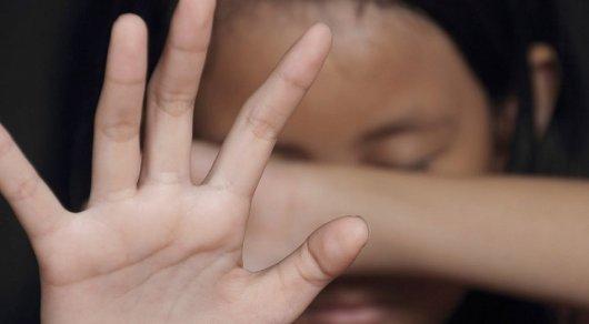 Алматинец заподозрил пожилого француза в домогательстве к 7-летней девочке