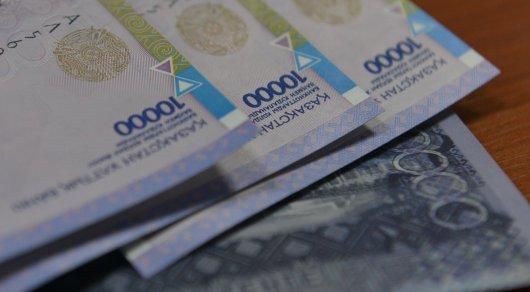 У работников крупных компаний в РК зарплата растет быстрее - исследование