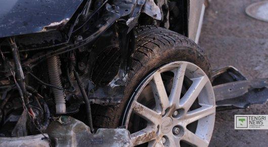 Жуткая авария в Караганде: два человека погибли, еще один госпитализирован