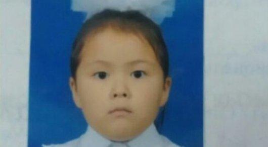 7-летняя девочка пропала по дороге из школьного лагеря в Атырау