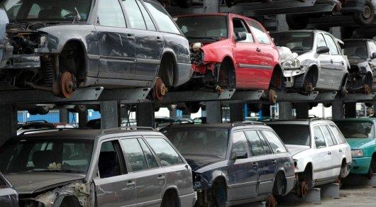 В Казахстане с 26 июня начнут выдавать скидочные сертификаты за автохлам