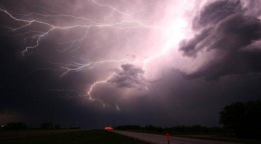 Грозовые дожди и сильный ветер ожидаются в Казахстане