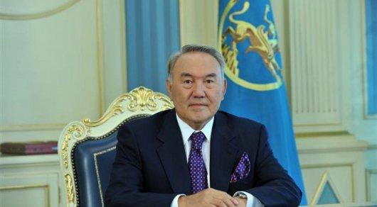 Назарбаев присудил премии и гранты выдающимся журналистам