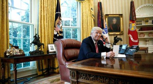 Трамп прервал разговор с премьером Ирландии ради комплимента журналистке